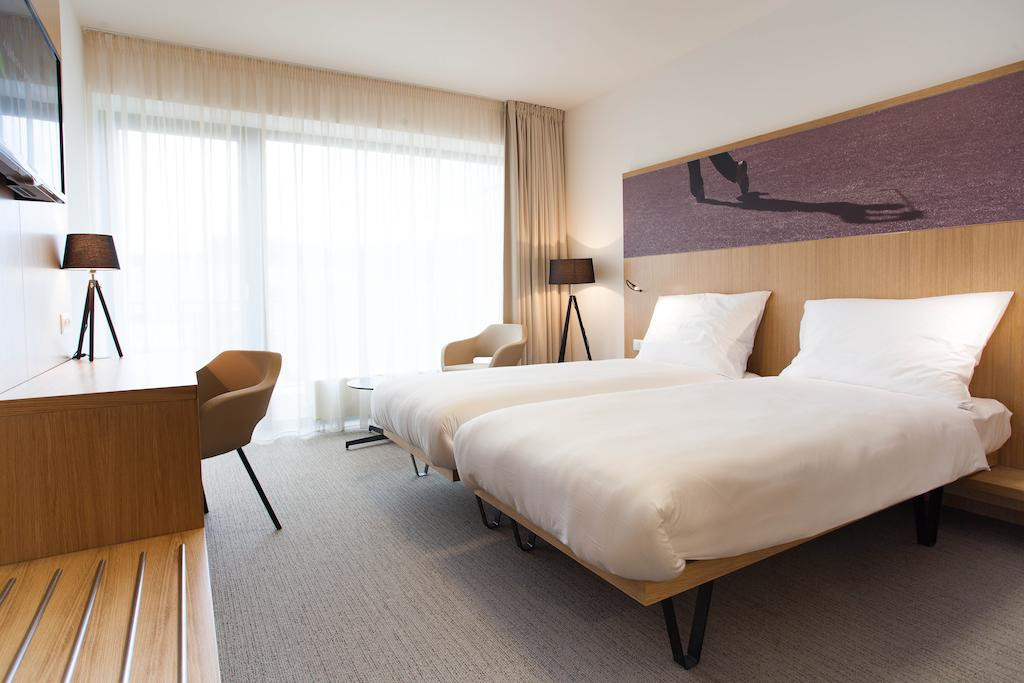 AT THE BEST AGE 1 (SU - FR) - 2 persons / 2 nights
