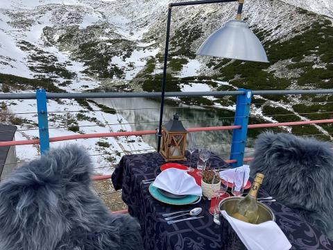 Obiad w chmurach