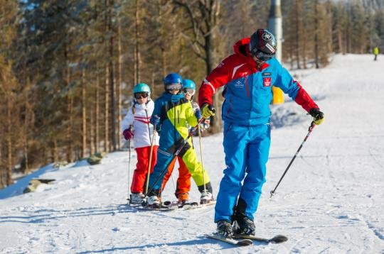 5 days - course in ski school for children