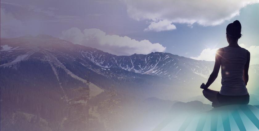 Sonnengruß – Morgenatmen am Fuße des Bergs Chopok